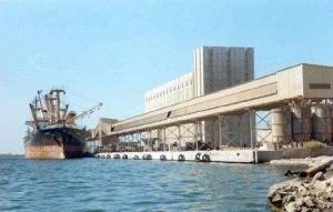 ميناء نهرى